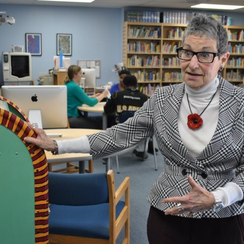 COE Alumna Dr. Linda Jacobs in the Harbour School library.